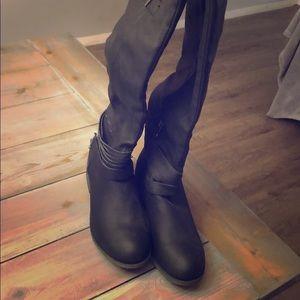 Black Flat, Thigh High Boots